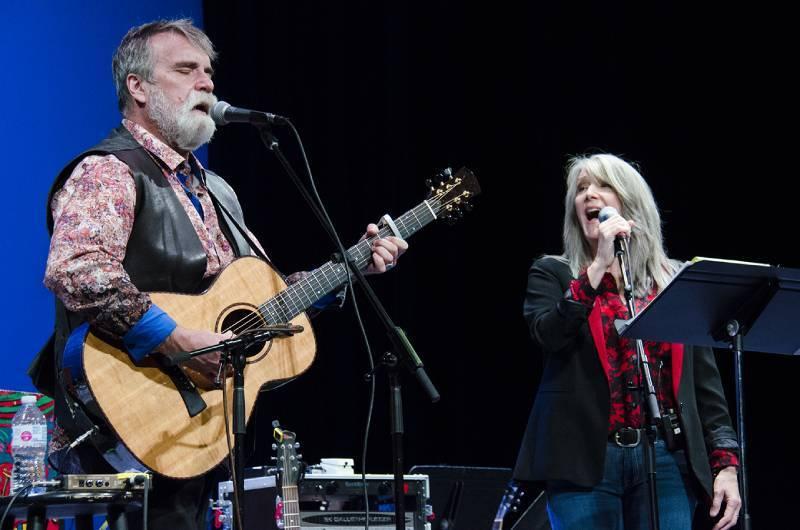 Darrell and Kathy Mattea 800
