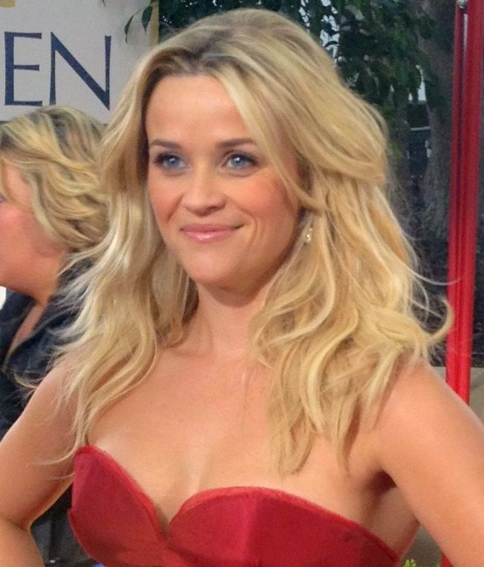Reese Witherspoon 2012 cropped