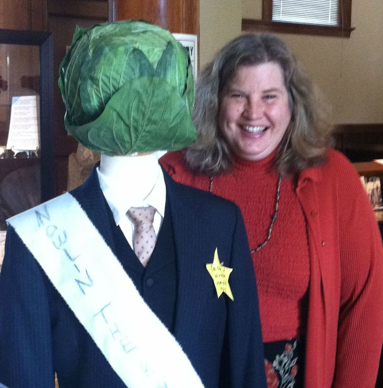 155685bd83 Healdsburg Museum curator Holly Hoods (she s the one on the right) with the  recreated effigy of reviled newspaper editor