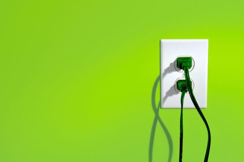 green_plugs.jpg - 15.95 kB