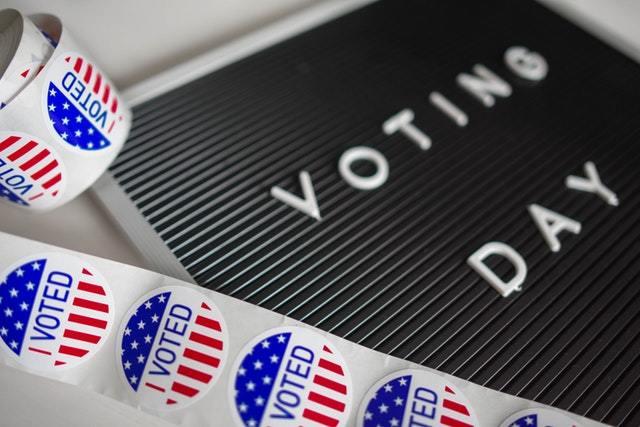 i-voted-sticker-lot-1550340.jpg - 46.08 kB