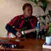 Arlo Parks: Tiny Desk (Home) Concert